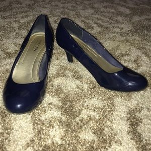Patent Leather Blue Rounded Toe Heels